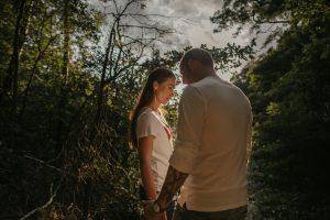 Engagementshoot in der Heide