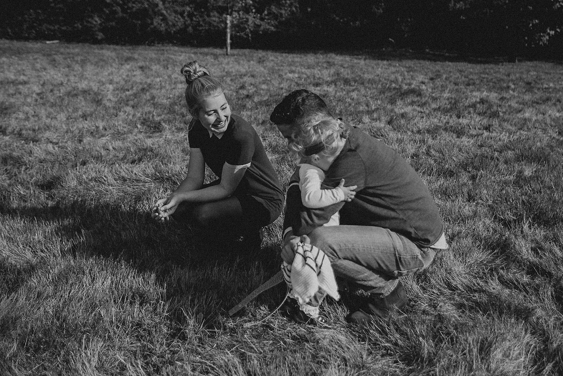 familienfotograf-familien-reportage-bremen-danielzube-familienfotografie_0009.jpg