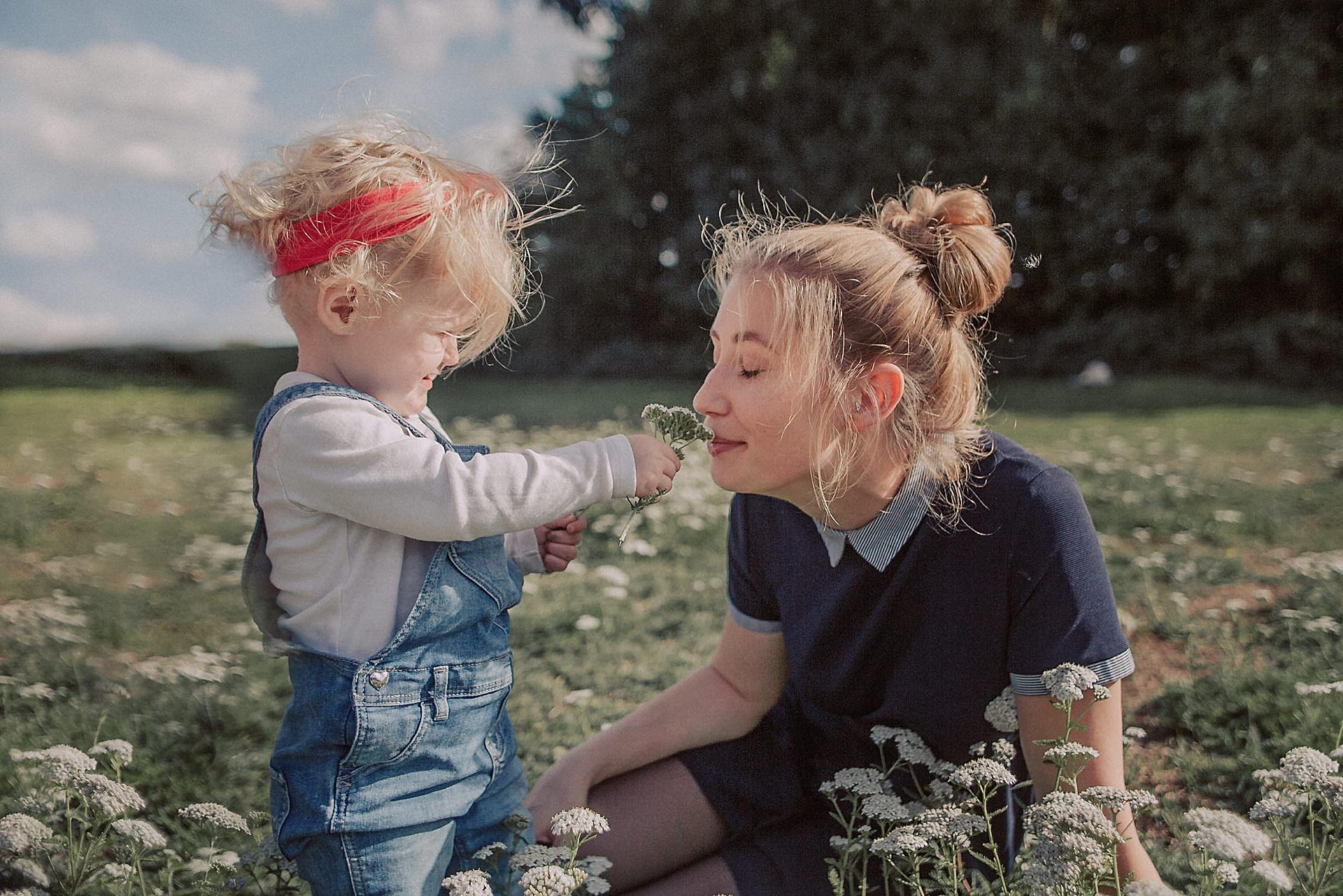 familienfotograf-familien-reportage-bremen-danielzube-familienfotografie_0015.jpg