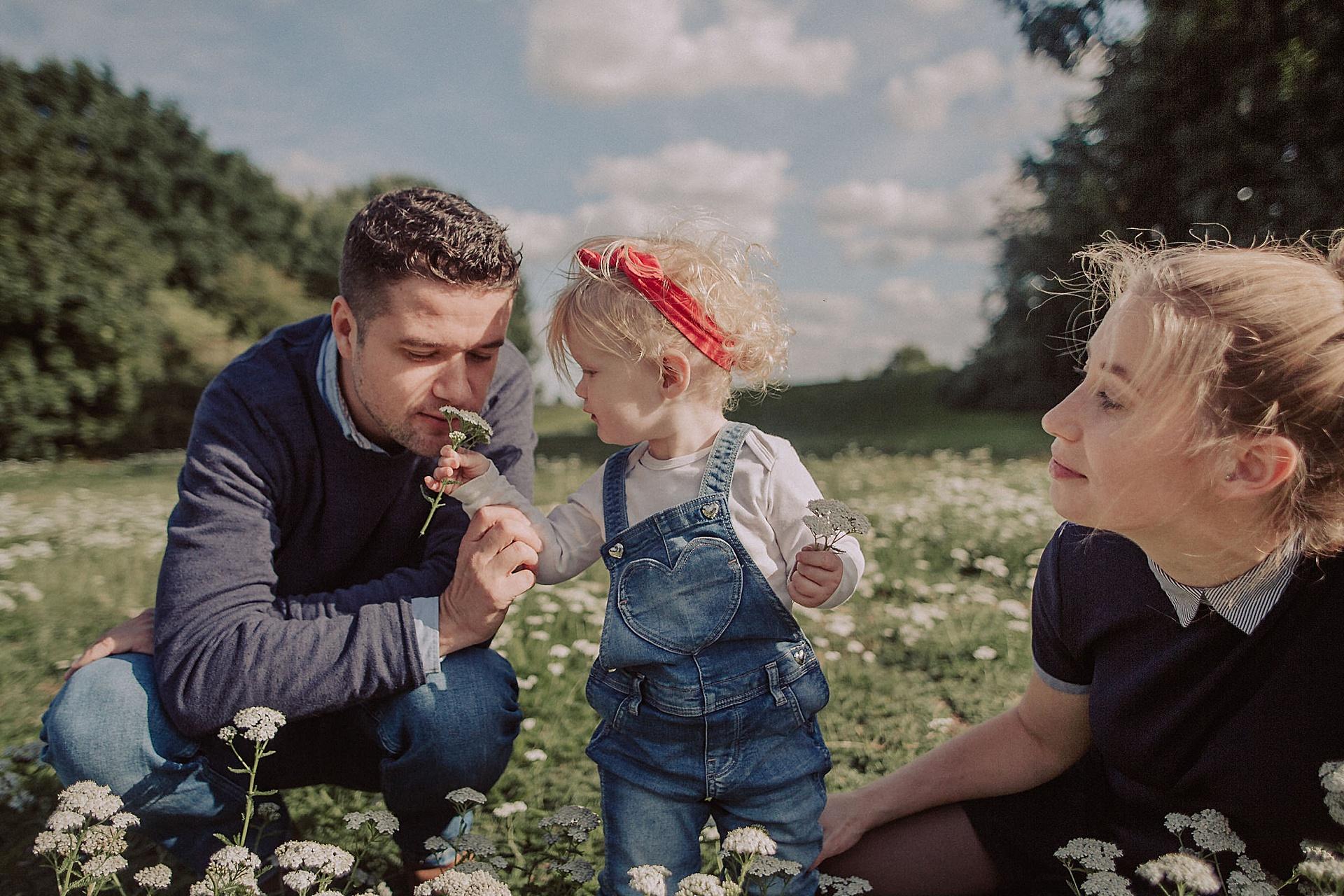 familienfotograf-familien-reportage-bremen-danielzube-familienfotografie_0016.jpg